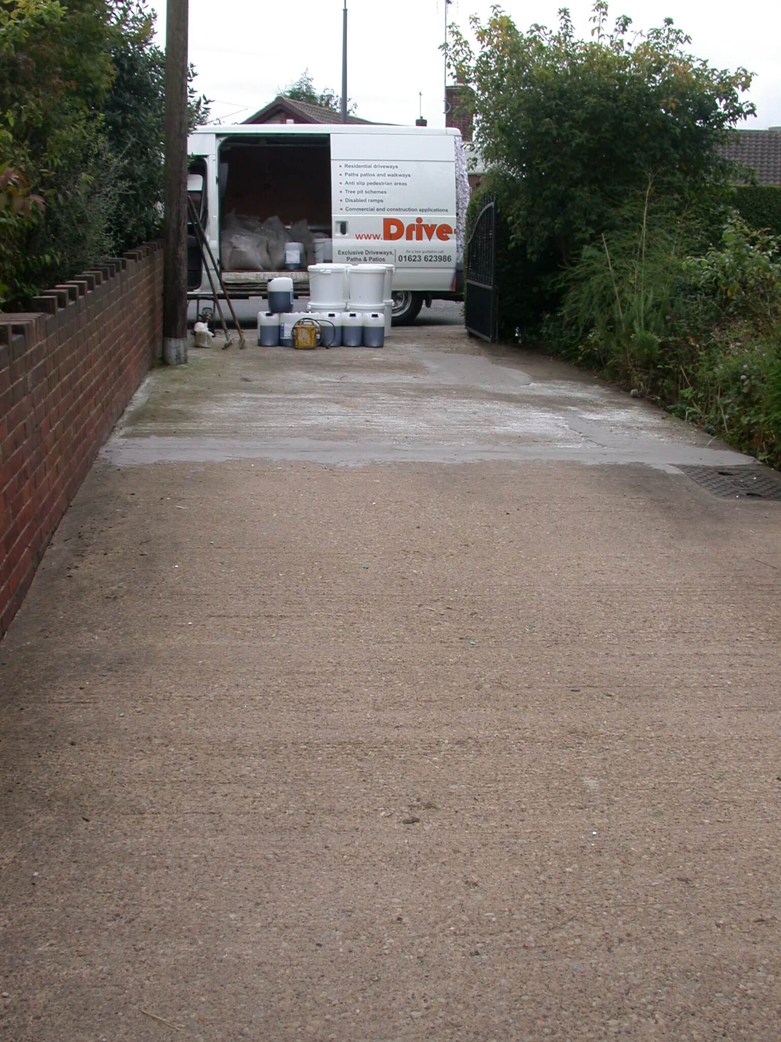 Resin bonded aggregate by drive cote ltd 12 years of for Temperature to pour concrete driveway