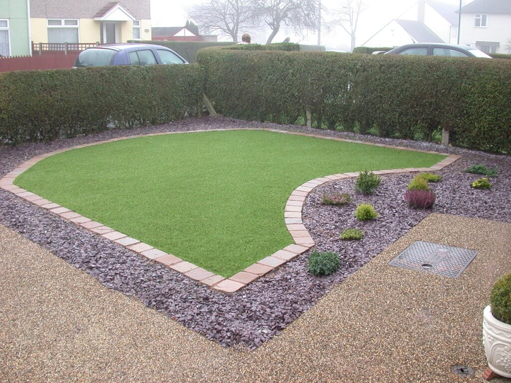 Nottingham Resin Drive Project With Artifical Grass Low